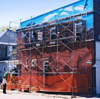 The scaffold for work on the Niagara Escarpment mural