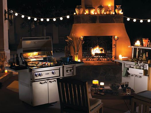 Appliance Canada Chef Theatre with Lynx outdoor kitchen